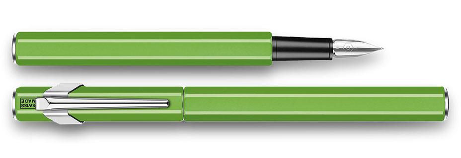 glass-blasting-palladium-finished-ecridor-variation-fountain-pen.jpg